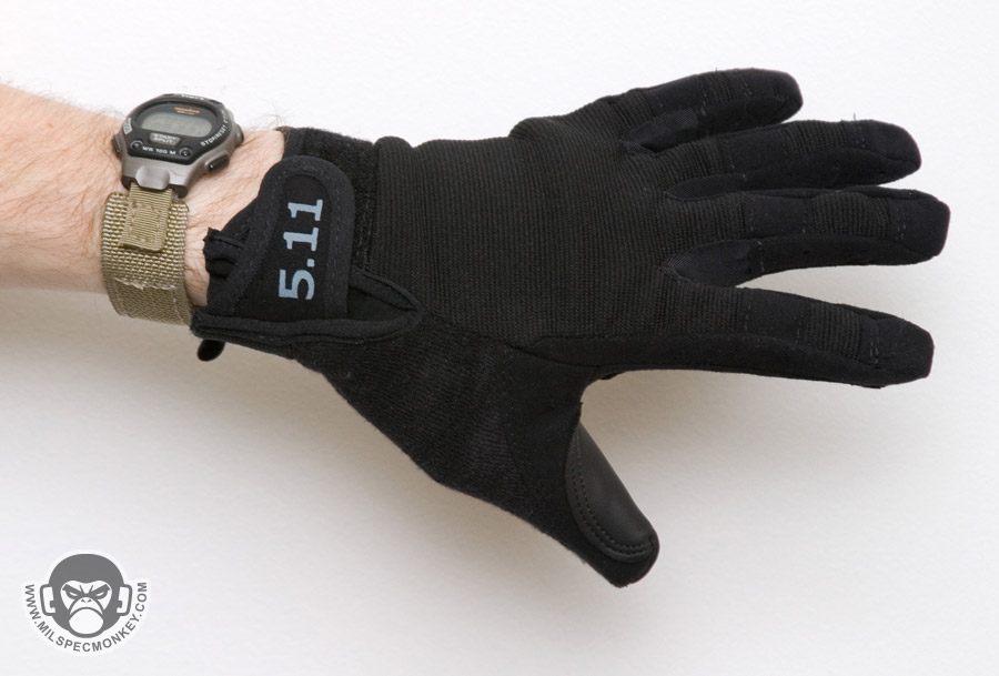 7500345e37c93 A medium weight glove, these are more padded than most of the shooter gloves  I have used. They aren't very tactile due to the padding, however the  padding ...