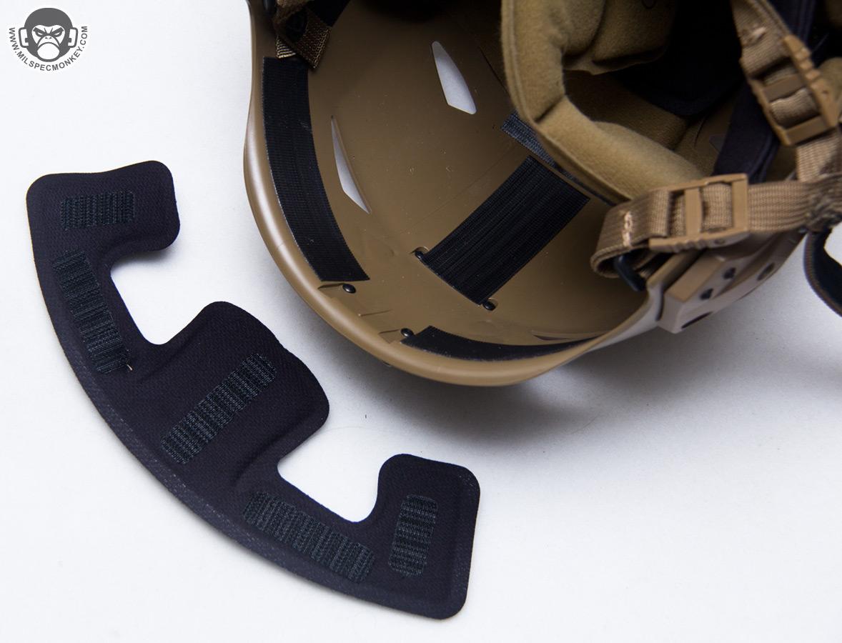 Helmet hook up